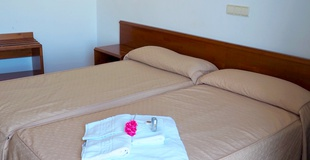 Double room hotel ele acueducto segovia