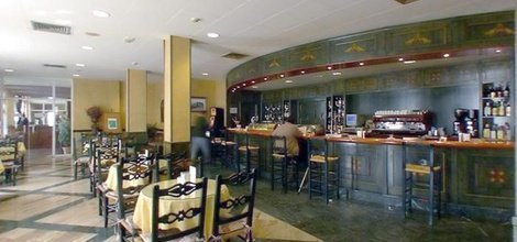 Bar cafeterÍa hotel ele puerta de monfragüe malpartida de plasencia