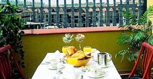 Superior double room with balcony hotel ele acueducto segovia