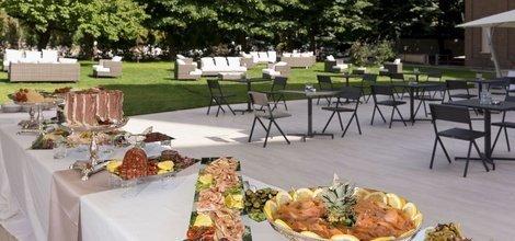 Ristorante À la carte ele green park hotel pamphili roma, italia