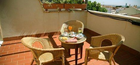 Desayuno continental hotel ele santa bárbara sevilla