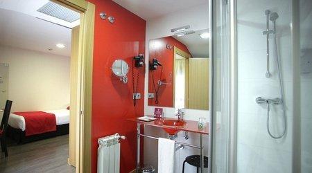 Baño habitación individual hotel ele enara boutique valladolid