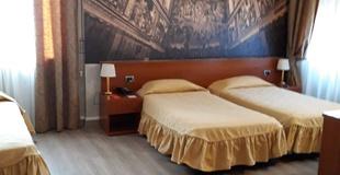 Camera tripla ele green park hotel pamphili roma, italia